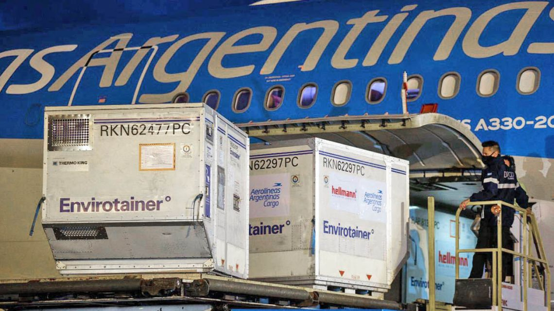 A shipment of Sinopharm Covid-19 jabs arrived at Ezeiza international airport on Friday morning.