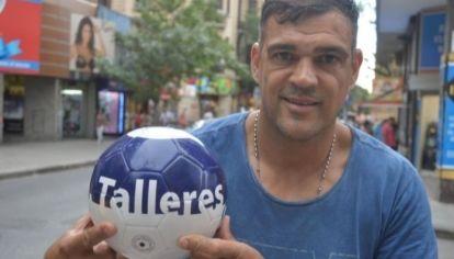 El héroe de la Copa Conmebol '99. El exdefensor hoy está alejado del fútbol. Tiene un emprendimiento vinculado a la distribución de bebidas.