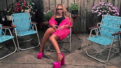 De fiesta. Así festejó en redes Beyoncé sus 40.