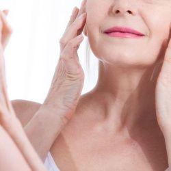 Crema facial con Vitamina E: los beneficios en mujeres mayores a 50 años