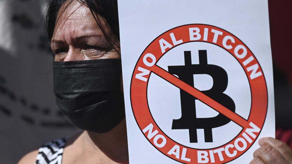 El Salvador por el bitcoin-20210908