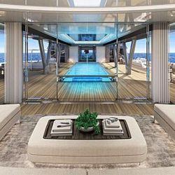 Cada una de las habitaciones tiene su propia terraza y acceso directo a las escaleras del atrio de proa y de popa.