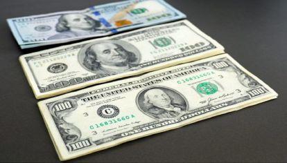 Cómo cambiar los dólares cara chica sin pagar comisión
