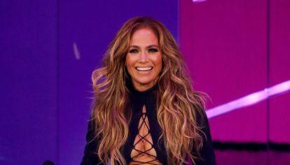 MTV 2021: Del cut out de Jennifer López a la transparencia de Megan Fox