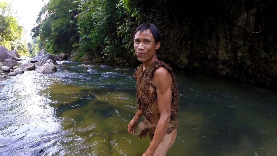 Ho Van Lang tarzan vietnam