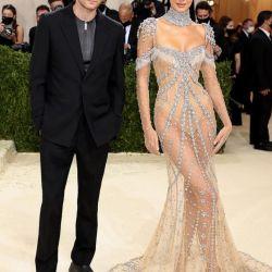 Met Gala 2021: Los vestidos de piedras más lujosos de la alfombra