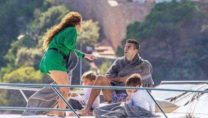 Las fotos de las vacaciones familiares de Shakira y Piqué en la Costa Brava