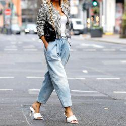 Ideas de looks para primavera con jeans anchos