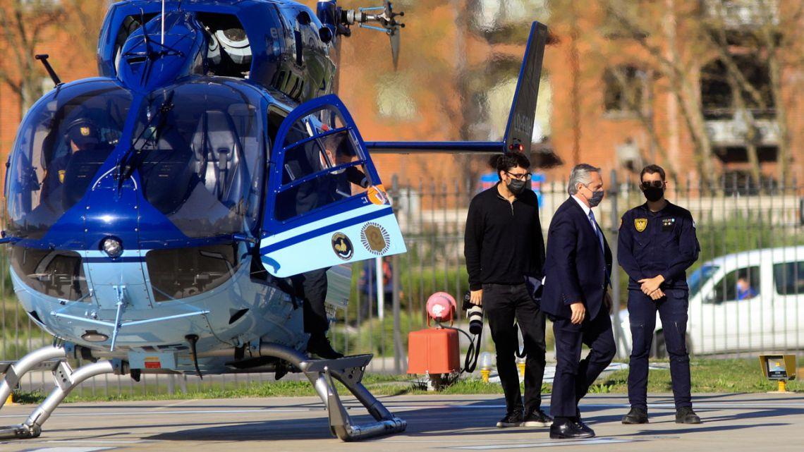 President Alberto Fernández arrives at the Casa Rosada via helicopter.
