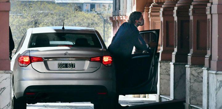 Llegada del jefe de Gabinete, Santiago Cafiero, a la casa de Gobierno.