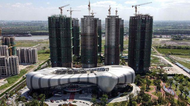 Crisis de gigante inmobiliario chino empuja a los mercados hacia la baja 20210920