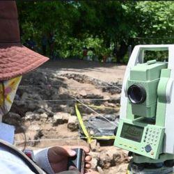 Durante las excavaciones cercana a Panjalé se encontró obsidiana y cerámica que pudieran venir del centro de México