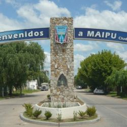 Maipú está ubicada, a la vera de la Ruta Nacional Número 2, a tan solo 126 km. de Mar del Plata.