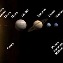 """Actualmente se trata del último planeta del sistema solar desde que Plutón fuera degradado a la categoría de """"planeta enano""""."""