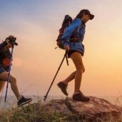 Al utilizar más lo brazos y no hacer que el desplazamiento depende exclusivamente de las piernas, el cuerpo trabaja de una forma más integral.