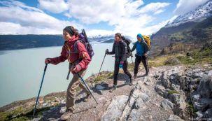Qué ventajas ofrecen los bastones de trekking