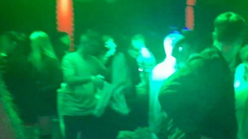 Clausuraron una fiesta en Palermo con más de 400 personas