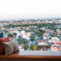 El nuevo Novotel Santa Cruz de la Sierra se ubica en Av. Roca Coronado 901, eje principal de las exposiciones empresariales.