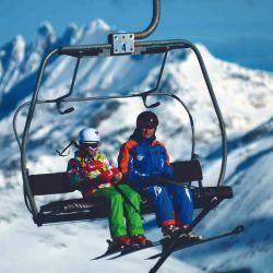 Dedicamos la tarde al esquí de fondo, una forma de desplazarse en la nieve desde hace 5.000 años en Finlandia.