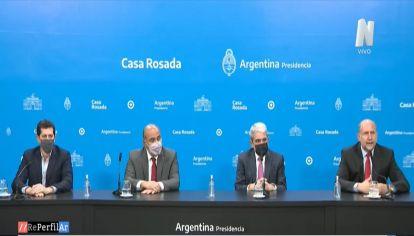Aníbal Fernández, Manzur, De Pedro y Perotti dieron detalles sobre las acciones que se llevarán a cabo para trabajar en la situación que se vive en Rosario.
