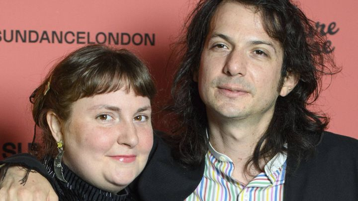 Lena Dunham se casó con el músico peruano Luis Felber en secreto