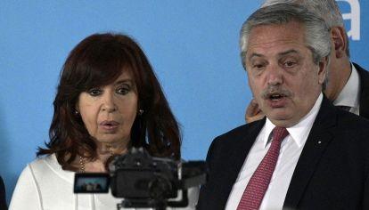Las fotos que dejó el acto que volvió a mostrar en público a Alberto Fernández y Cristina Kirchner, luego de la carta que derivó en el cambio de Gabinete.