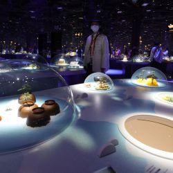Esta imagen muestra el interior del pabellón japonés en la Expo 2020, en el Emirato del Golfo de Dubai. | Foto:Giuseppe Cacace / AFP
