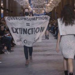 Louis Vuitton fue saboteado en la Semana de la Moda de París