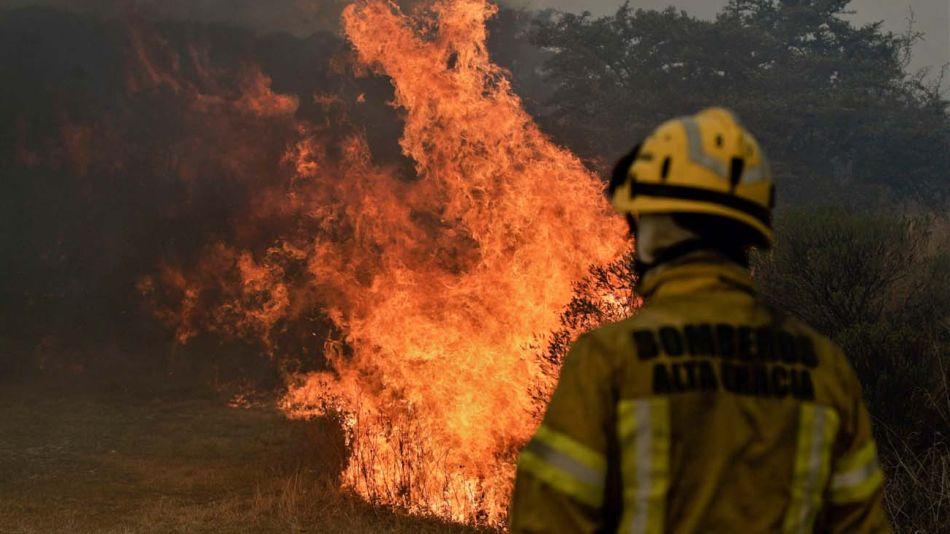 """Incendios en Argentina""-20211005"