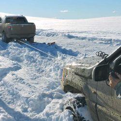 Las camionetas con malacate iban intercaladas entre las que no poseían, de esta forma los rescates eran más sencillos.