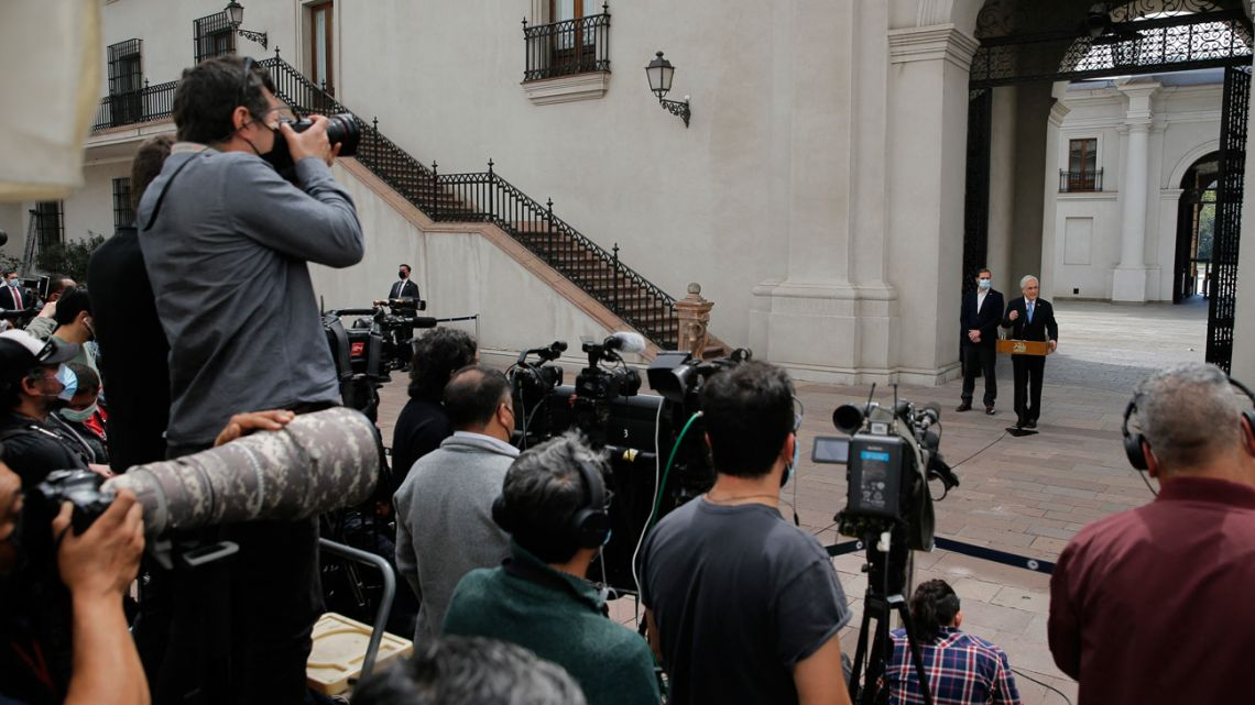 Chilean President Sebastián Piñera offers a press conference a day after he was mentioned in the 'Pandora Papers' media investigation exposing world leaders' use of tax havens, at La Moneda presidential palace in Santiago, on October 4, 2021.