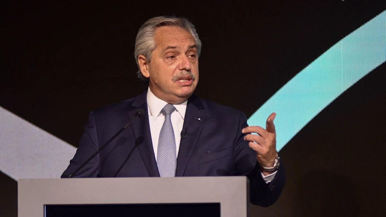 Alberto Fernández frente a los empresarios de COMARCO.    Foto:CEDOC