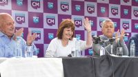 Patricia Bullrich, aplaudida por Cornejo y otros dirigentes este fin de semana en Mendoza.