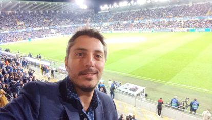 """¡Seguilo al """"30""""! Jonatan es periodista y hace dos meses se radicó en Francia para cubrir la campaña de Messi en el PSG."""