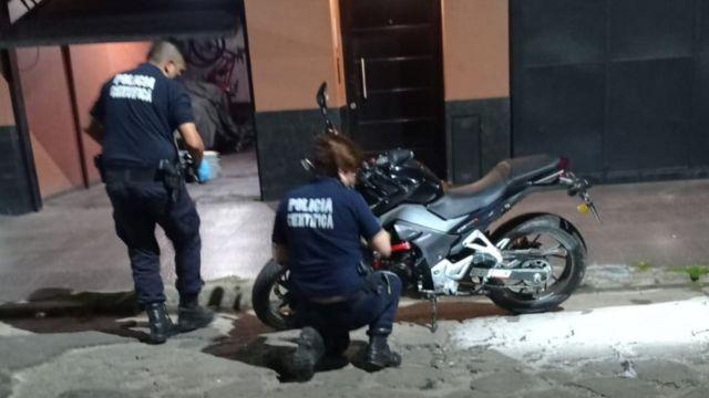 Caseros motochorros mataron balazos policía g_20211013