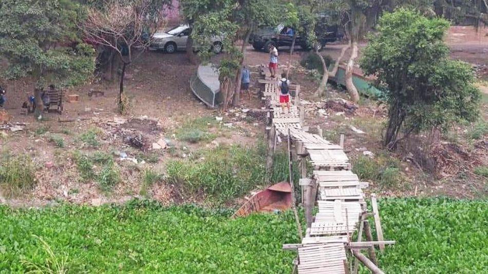 Puentes ilegales que se arman en el Pilcomayo 20211014