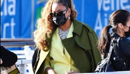 Beyoncé sorprendió con el color tendencia durante primavera y verano