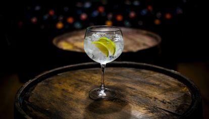 Día del Gin Tonic: 4 reversiones para homenajear al cocktail más clásico de todos