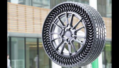 """Michelin le pone fecha a los neumáticos sin aire """"antipinchaduras"""""""