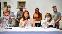 Gobernadora Arabela Carreras-20211020