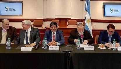 """II Congreso Mundial de Diálogo Intercultural e Interreligioso """"Una Senda hacia la Paz"""""""