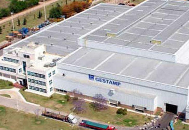 Funcionarios bonaerenses destrabaron temporariamente el conflicto gremial en la empresa Gestamp.