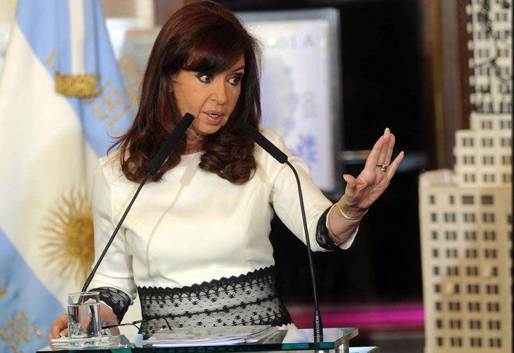 Cristina Fernandez de Kirchner aseguró que los fondos buitres buscan