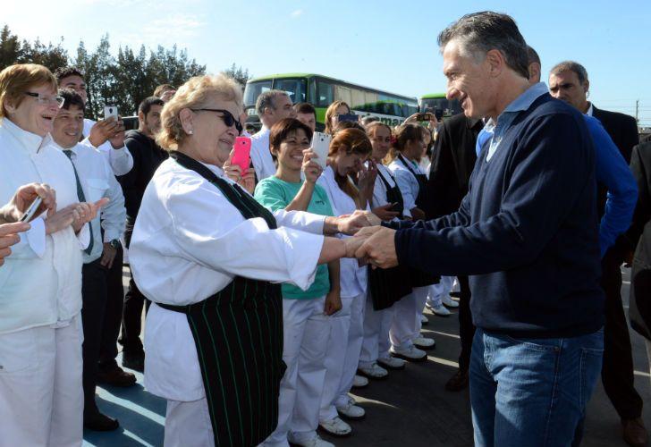 Danza de nombres. Gioja, ex gobernador sanjuanino, trabaja por la unidad. El kirchnerismo ahora promueve a Capitanich o Scioli.