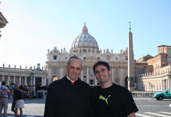 Adrián con el por entonces cardenal Bergoglio