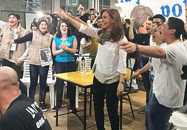 Con militantes. CFK expuso ante miembros de La Cámpora.