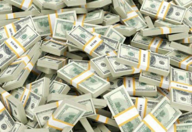 La Gendarmería nacional halló casi 500 mil dólares en el departamento.