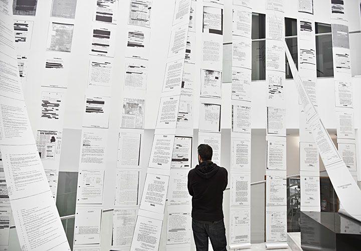 desclasificados. La muestra propone una revisión de los archivos desclasificados de la CIA en 14 países latinoamericanos.
