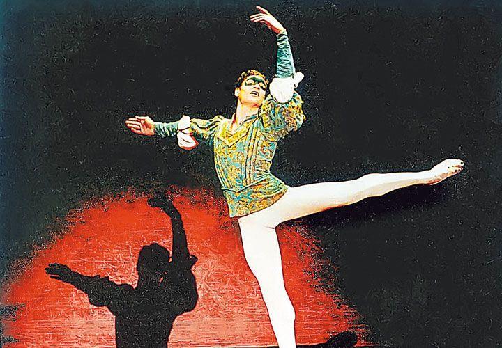 Éxito. El bailarín, de 40 años, asegura que se siente más maduro y más profundo. Hará funciones en el Opera hasta el 12.