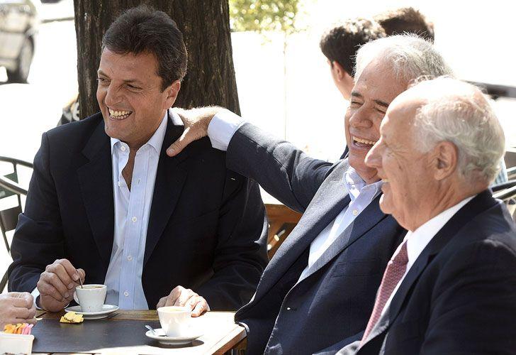 Sergio Massa junto al ex gobernador José de la Sota y al ex ministro de Economía Roberto Lavagna.